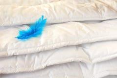 duvet λευκό στοκ φωτογραφία με δικαίωμα ελεύθερης χρήσης