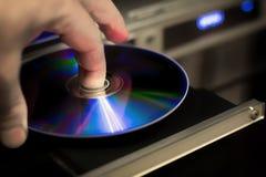 DVD-Diskette in der Hand Lizenzfreies Stockfoto