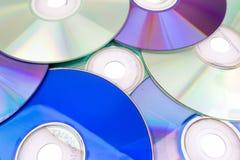 DVD und CD Hintergrund Stockfotos