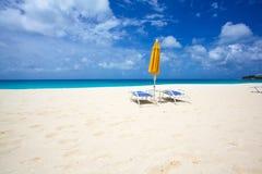 Dwójniaki Trzymać na dystans Anguilla fotografia stock