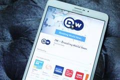 DW, deutsche Welle cassant les nouvelles du monde APP mobile Photos libres de droits