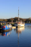 Dwa łodzi cumowali w kanałowym basenie, Glasson Dok Zdjęcia Royalty Free