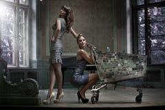 Dwa atrakcyjnej damy Obrazy Stock