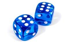 Dwa Błękitny kostka do gry obraz royalty free
