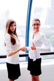 Dwa biznesowej kobiety Zdjęcia Stock