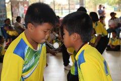 Dwa chłopiec bawić się gry zdjęcie stock