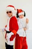 Dwa chłopiec udaje jest Zły Santa Zdjęcie Stock