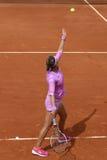 Dwa czasów wielkiego szlema mistrz Wiktoria Azarenka Białoruś w akci podczas jej drugi round dopasowania przy Roland Garros Fotografia Royalty Free