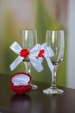 Dwa dekoracyjnego szampańskiego szkła Obraz Stock