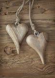Dwa drewnianego serca Zdjęcia Royalty Free