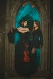 Dwa dziewczyn duch przy nocą Obrazy Royalty Free