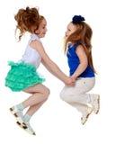 Dwa Dziewczyn TARGET916_1_ Zdjęcia Royalty Free