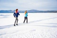 Dwa dziewczyny jogging Obrazy Royalty Free