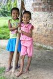 Dwa dziewczyny przy Indiana w Peru zdjęcie stock