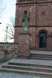 Dwa dzwonkowego wierza przy kościół -5 Obrazy Stock