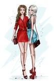 Dwa elegancka piękna dziewczyna z akcesoriami Ręki rysować mod kobiety Kobiety w lecie odziewają nakreślenie ilustracja wektor