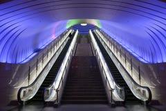 Dwa eskalatoru z błękita światła koszt stały Fotografia Stock