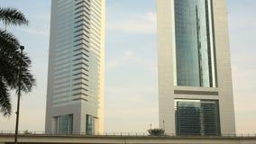 Dwa górują 4k czasu upływ od Dubai miasta zbiory