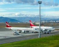 Dwa Gruzińskiej samolotu Airzena drogi oddechowe parkują przy lotniskiem Obraz Royalty Free