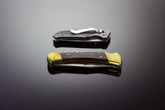 Dwa kieszeniowego knifes zdjęcia stock