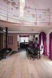 Dwa kondygnacj galanteryjny domowy wnętrze Fotografia Stock
