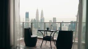 Dwa krzesła przy tarasem zbiory wideo
