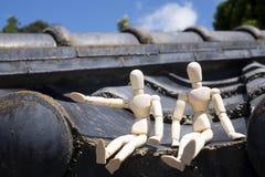 Dwa lal drewniany siedzieć zdjęcie royalty free