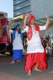 Dwa męskiego tancerza w tradycyjnym Indiańskim kostiumu przy Diwali, Hinduski festiwal Obrazy Stock