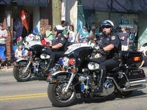 Dwa Milicyjnego rowerzysty przy paradą Obrazy Stock