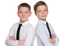 Dwa mody przystojnej młodej chłopiec zdjęcia royalty free
