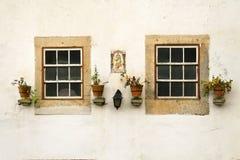 dwa okna Zdjęcia Royalty Free