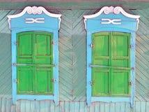 Dwa okno drewniany dom w Rosyjskiej prowinci Obraz Royalty Free