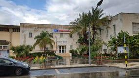 Dwa opowieści budynek Histadrut Rishon LeZion Zdjęcie Royalty Free