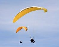 dwa paragliders Zdjęcia Stock