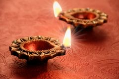 Dwa Piękny Zaświecający Diya dla Diwali świętowań Fotografia Royalty Free