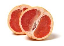 Dwa połówki czerwony grapefruitowy obraz stock