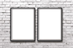 Dwa pustego pionowo plakata w czerni ramie lub obrazy Fotografia Stock