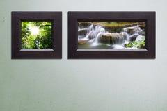 Dwa rama na betonowej ścianie Ja Obrazy Royalty Free