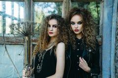 Dwa rocznik kobiety jako czarownicy Zdjęcia Royalty Free