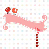 Dwa słodkiego ptaka z sercami i sztandarem Zdjęcia Stock