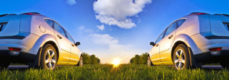 Dwa samochód na początek Zdjęcie Royalty Free