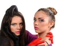 Dwa seksowna dziewczyna w moda stylu Zdjęcia Stock