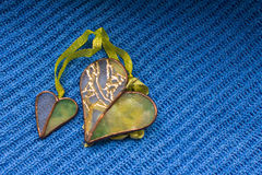 Dwa serca na błękitnym tle Zdjęcie Stock