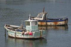 Dwa starej łodzi rybackiej wewnątrz Obrazy Royalty Free