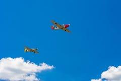 Dwa stary śmigłowy samolot Zdjęcia Stock