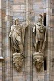dwa statua w kościół Zdjęcia Royalty Free