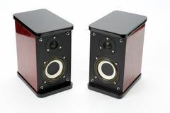 Dwa stereo audio mówcy na białym tle Fotografia Stock