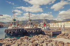 Dwa tugboats w porcie zdjęcia royalty free