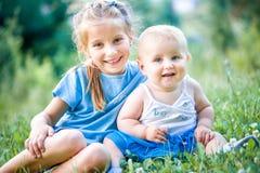 Dwa uroczej siostry Obraz Royalty Free