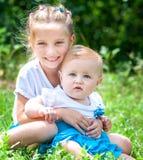 Dwa uroczej siostry Obraz Stock